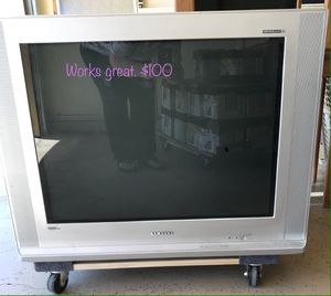 Old Samsung TV, great condition,great for the old gaming systems for Sale in Mesa, AZ