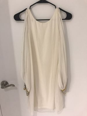 BEBE White NEW Open Sleeve Low Cut Back Dress, Size XS for Sale in New York, NY