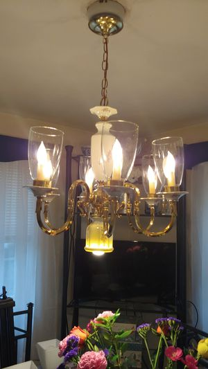 Pfaltzgraff chandelier for Sale in Pittsburgh, PA