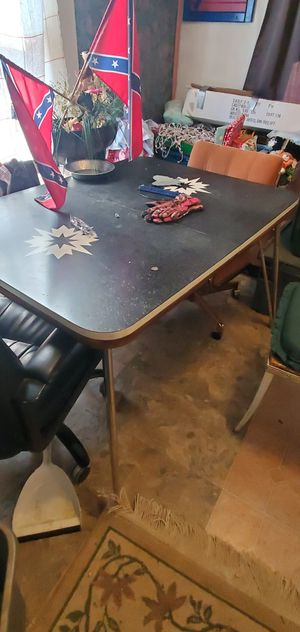 Table for Sale in Independence, KS