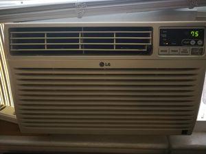 LG window AC 12000btu for Sale in Washington, DC