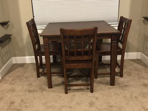 Table and three chairs for Sale in Auburn, WA