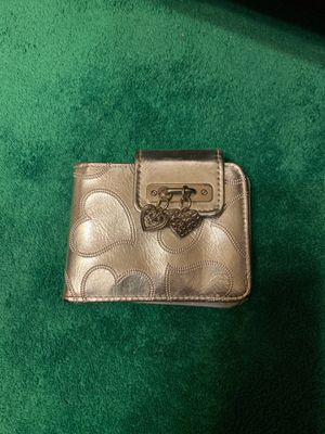 RGA Accessories silver wallet for Sale in San Antonio, TX