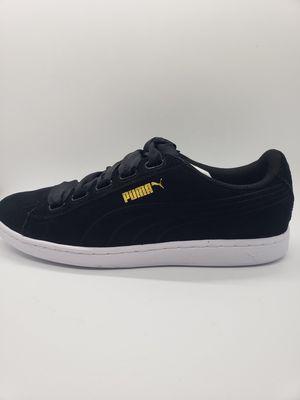 NEW Puma Women's Vikky Ribbon S Suede Sneaker Size US 10 Medium Black for Sale in Phoenix, AZ