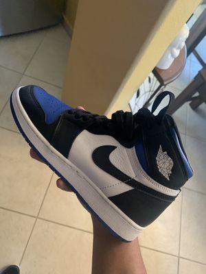 Jordan 1Royal toe gs size 6Y for Sale in Compton, CA
