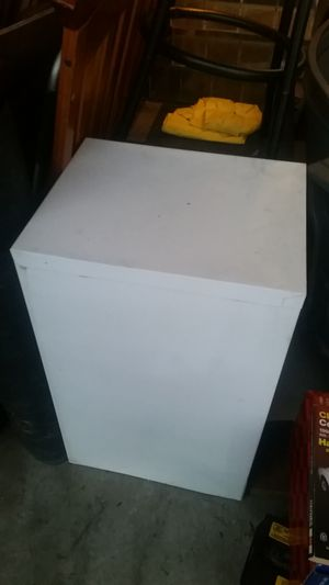 2 drawer file cabinets for Sale in Port St. Lucie, FL