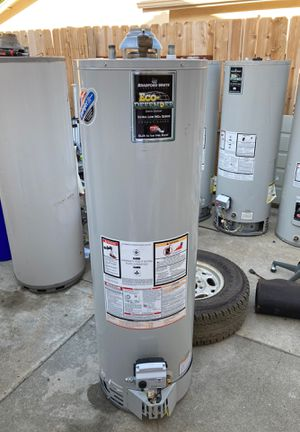 Bradford white 40 gallon water heater for Sale in Upland, CA