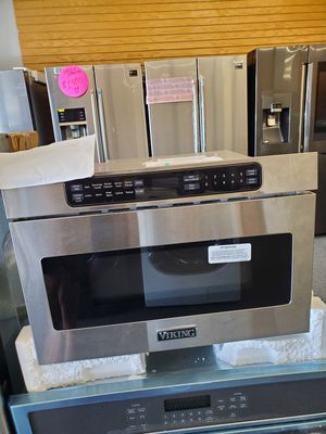 Microwave Microondas Viking Draw Counter for Sale in Orlando, FL