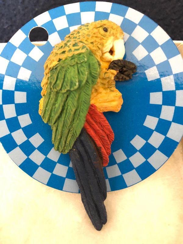 Handmade handpainted parrot pin