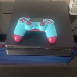 Ps4 With Almost New Control for Sale in Compton,  CA