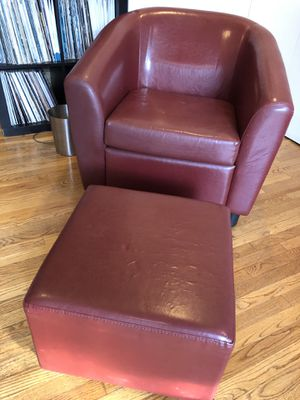 Red chair and ottoman for Sale in Los Angeles, CA