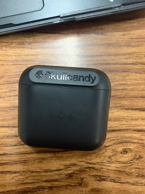 Skull candy wireless earbuds for Sale in Lakeside, CA