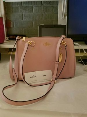 Authentic Coach purse with long strap for crossbody ( new with tags) for Sale in Lincoln Acres, CA