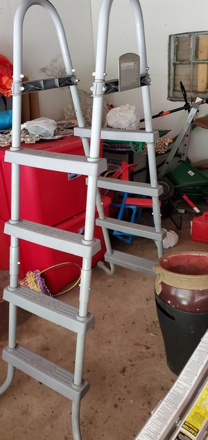 Pool Ladder good condition for Sale in Chicago, IL