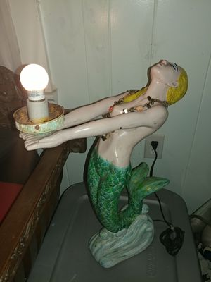 """Vintage unique art deco 20"""" x 16 """" resin mermaid lamp as -is for Sale in Pompano Beach, FL"""
