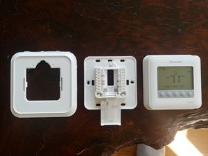 Honeywell thermostat for Sale in Portland, OR