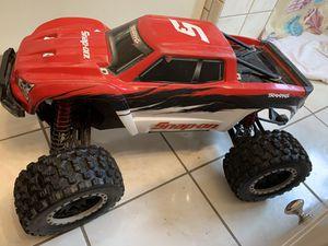 XMAXX 8s for Sale in Oak Grove, MN