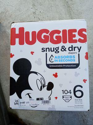 Huggies snug dry size 6/104 diapers for Sale in Gardena, CA