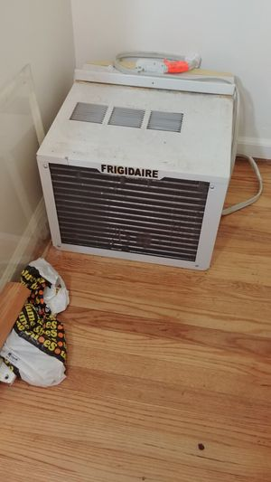 Window air conditioner for Sale in Portland, OR
