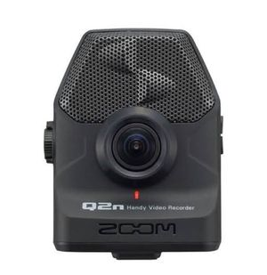 Zoom Q2n Video/Audio recorder with Tripod for Sale in St. Louis, MO