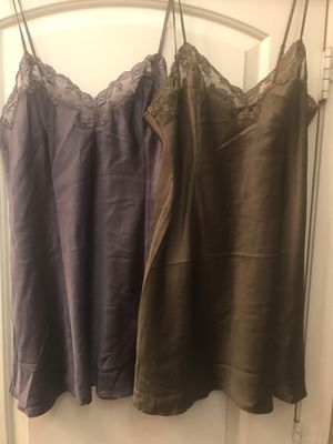 Victoria's Secret Lot Of 2 Nightgowns size medium for Sale in Las Vegas, NV
