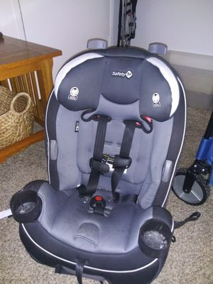 Car Seat. Safety First. for Sale in Orange, CA