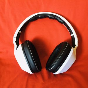 Skullcandy noise canceling headphones for Sale in Casa Grande, AZ