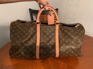 Louis Vuitton travel bag for Sale in Opa-locka, FL