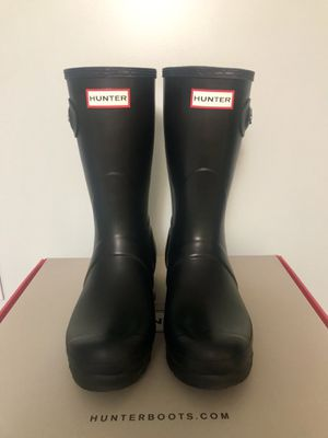 Hunter rain boots for Sale in Mount Airy, MD