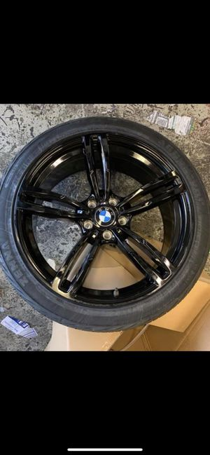 """Bmw 750i 650i 550i 20"""" new m6 style new style rims tires set for Sale in Hayward, CA"""