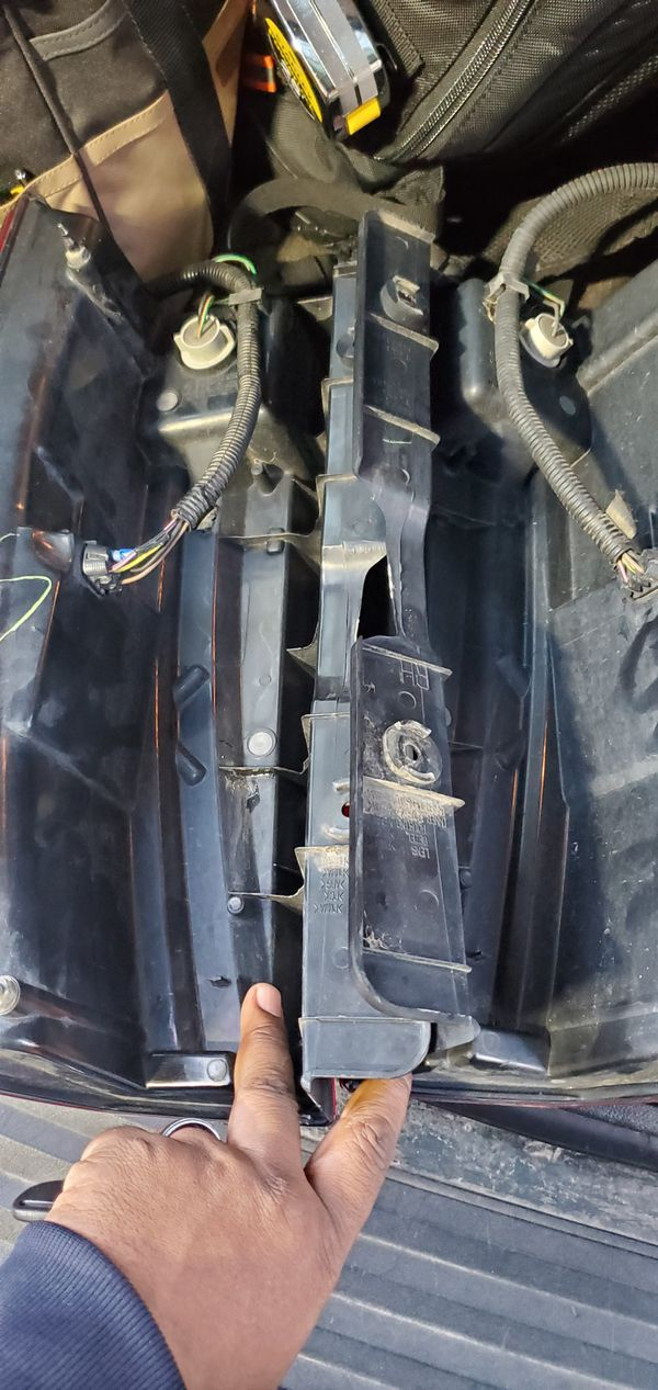 Factory LED Taillights Cadillac Escalade 07 to 2014 (Pair) $150 obo
