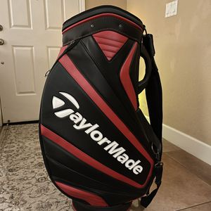 TaylorMade Performance Staff Bag Golf for Sale in Tracy, CA
