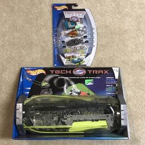 NEW Hot wheels cars tracks and toy car. TECH TRAX EARLY 2000s hotwheels for Sale in Burtonsville, MD