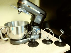 Stand mixer by Ginny's for Sale in Kannapolis, NC