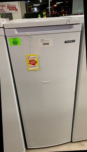 Thompson TFRF690 white standup freezer 6.5 cubic feet UUBH for Sale in Fort Worth, TX