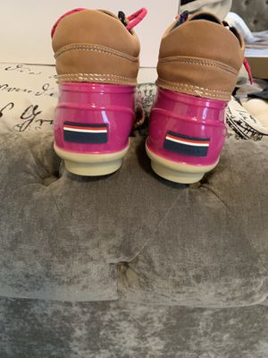 Hilfiger rain boots woman's size 10 for Sale in Pittsburgh, PA