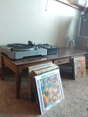 Coffee table & dining set for Sale in Obetz, OH