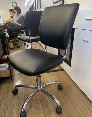 Office meeting chair for Sale in Vienna, VA
