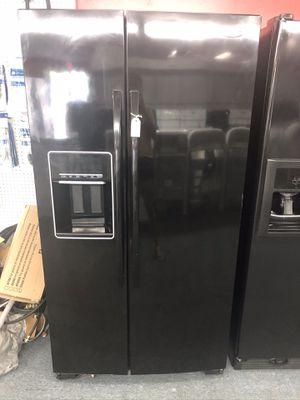 Used whirlpool 26 cu ft side by side fridge. 1 year warranty for Sale in St. Petersburg, FL