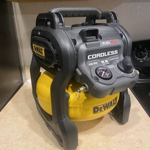 DeWALT Flexvolt 60v Max, Cordless Air Compressor (2.5 Gallon) for Sale in Haines City, FL