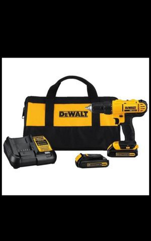 Brand new DEWALT 20V MAX Cordless Drill / Driver Kit, Compact, 1/2-Inch (DCD771C2) Includes drill , 2 20v batteries, for Sale in South Gate, CA