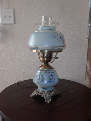 Antique lamp for Sale in San Bernardino, CA