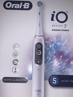 Oral B IQ Tooth Brush for Sale in Queens,  NY