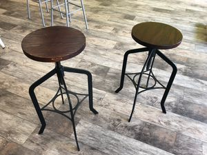 Metal base wooden seat stools for Sale in Heathrow, FL