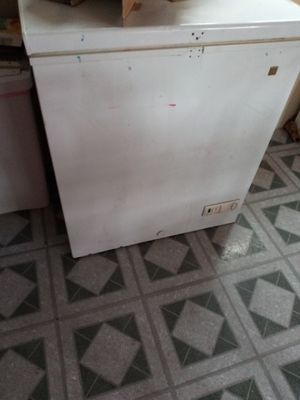 Deep freezer for Sale in Elizabethtown, PA