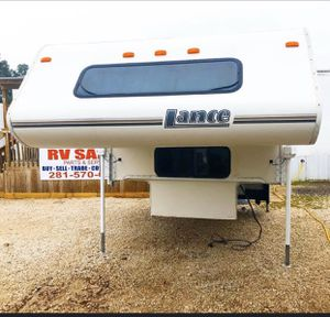 Lance truck camper for Sale in Houston, TX