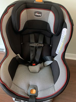 Chicco car seat reclinable for Sale in Tampa, FL