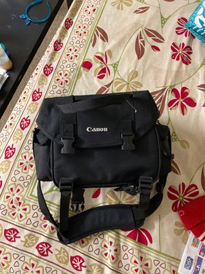 Canon DSLR bag for Sale in North Attleborough, MA
