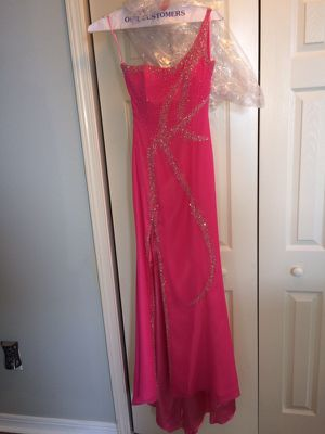 Designer Gown Hot Pink for Sale in Biloxi, MS