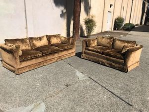 Sofa and loveseat for Sale in Tulare, CA